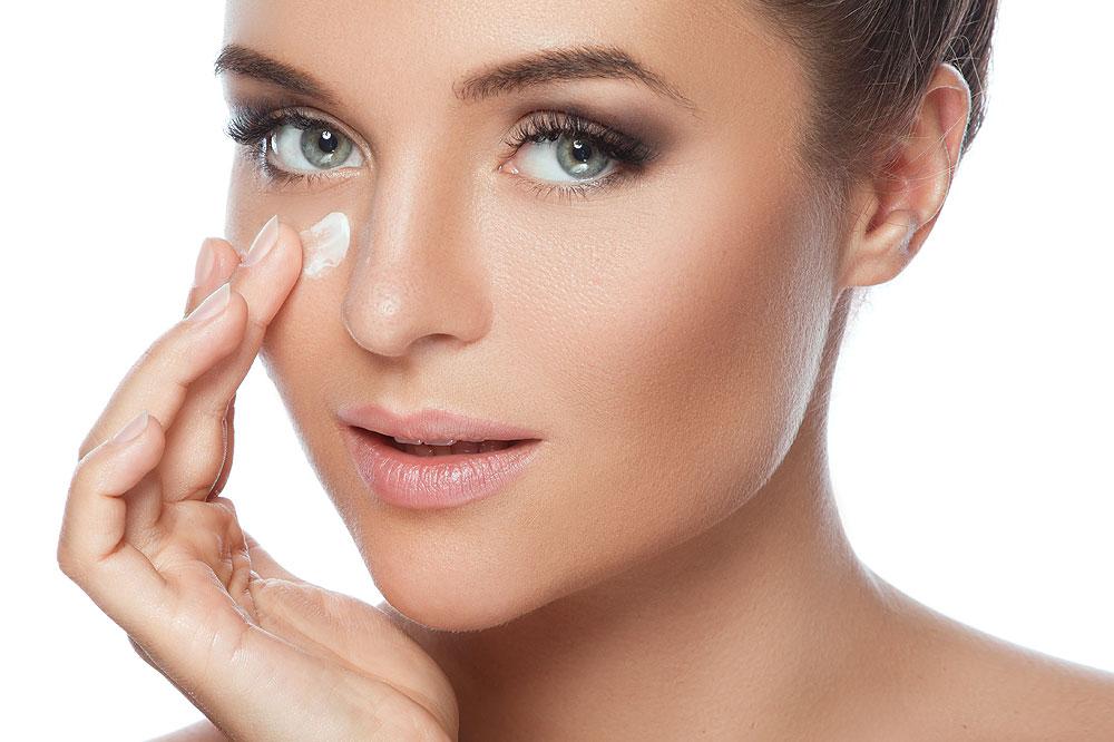 medizinische Kosmetik mit Hyaluron